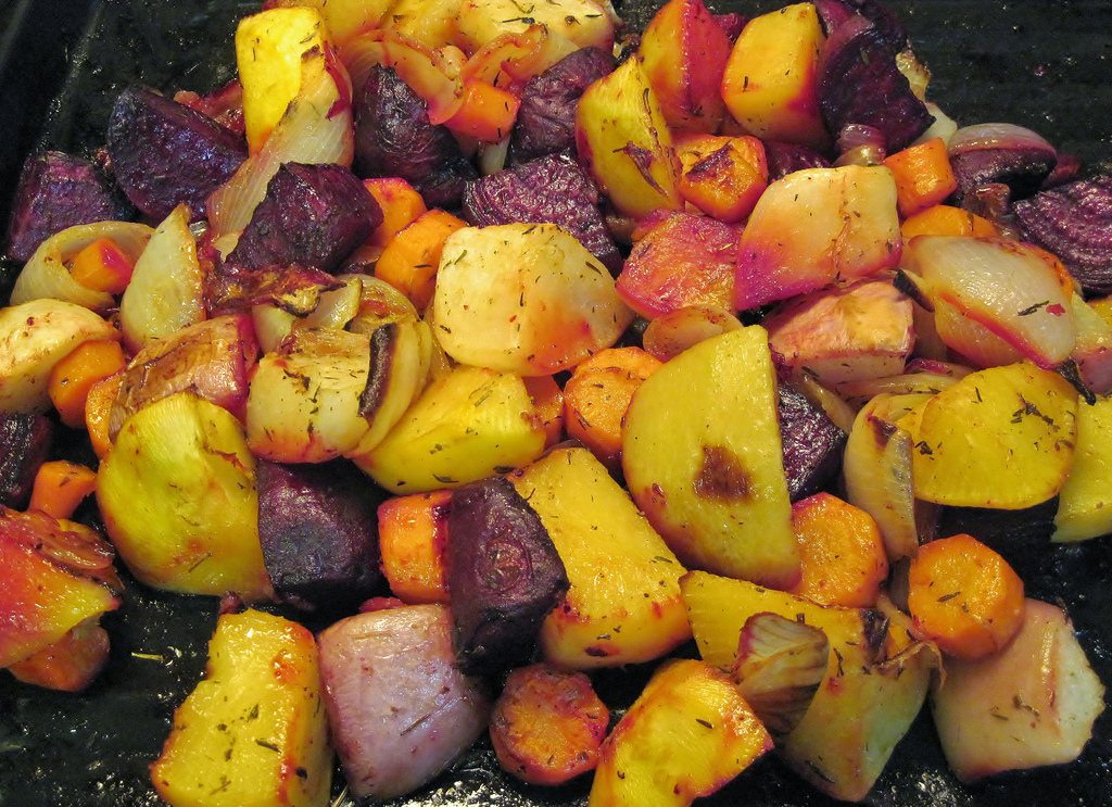 Use Your Old Baking Sheets to Perfectly Roast Veggies