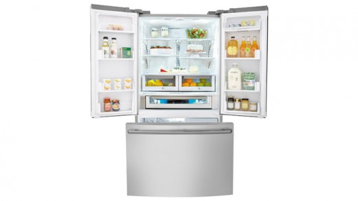 The Electrolux EI28BS80KS4A Refrigerator Gives You Luxury And Convenience