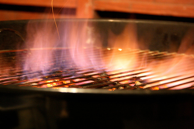 Clean BBQ Grill Grates in Your Oven