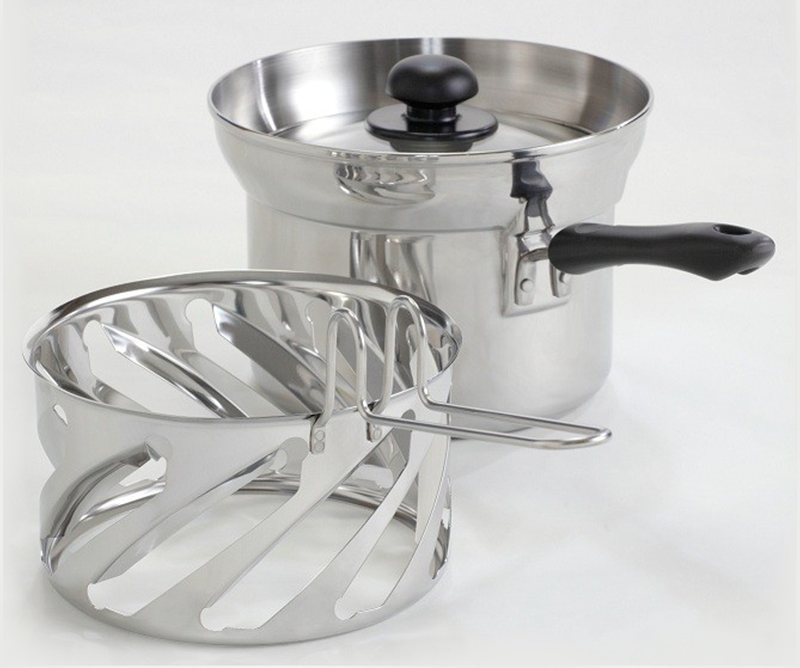 Japan's Cooking Pot Stirs Itself So You Don't Have To